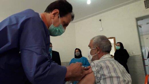 ثبت نام واکسیناسیون سالمندان چگونه است؟