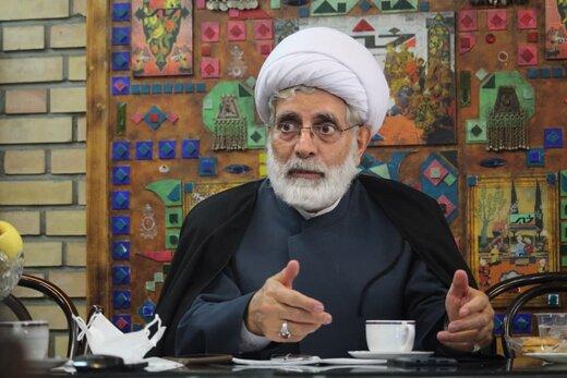 رهامی: در دوره احمدی نژاد دولت نظامی را امتحان کردیم،مملکت بهم ریخت