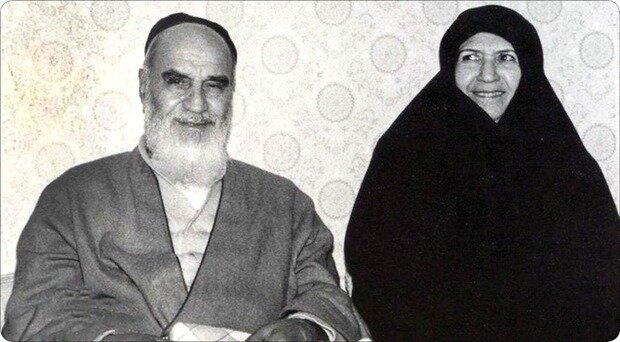 مهریه همسر امام خمینی چه قدر بود؟ / روایت شیرین خواستگاری تا ازدواج امام از زبان همسرش