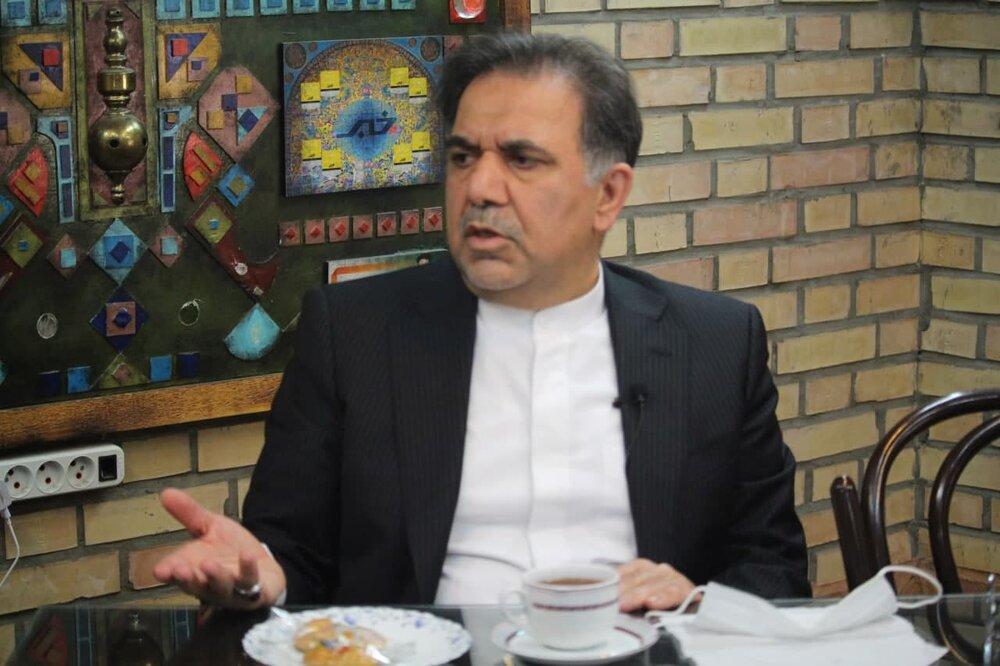 آخوندی: احمدینژاد قطعا دروغ میگوید /تورم با بگیر و ببند حل نمیشود