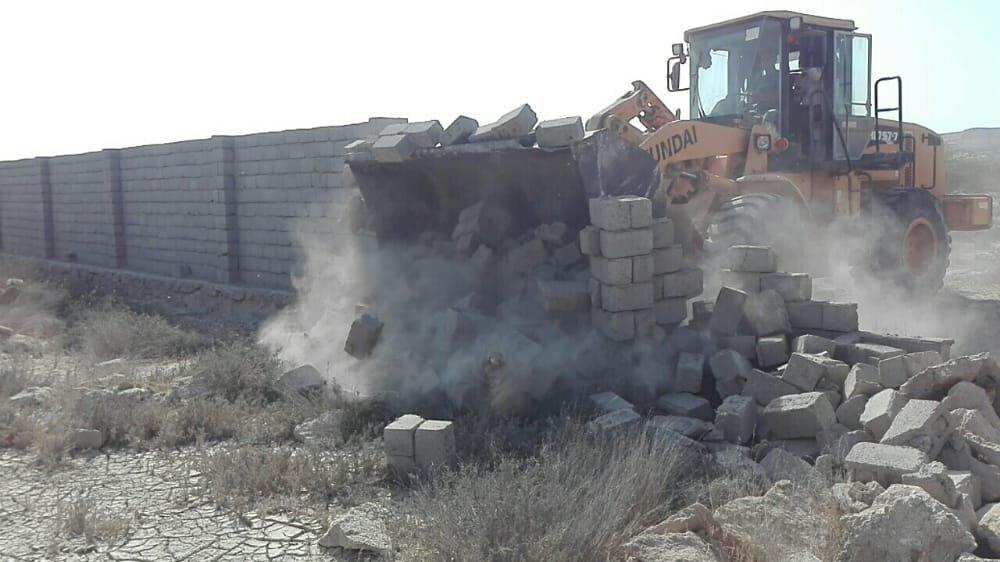 ۵هزار مترمربع اراضی خالصه دولتی به ارزش ۵ میلیارد ریال در روستای دفاری قشم رفع تصرف شد