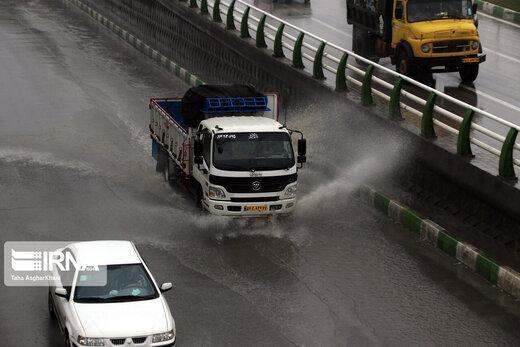 هشدار هواشناسی نسبت به وقوع رگبار و رعد و برق در ۱۱ استان