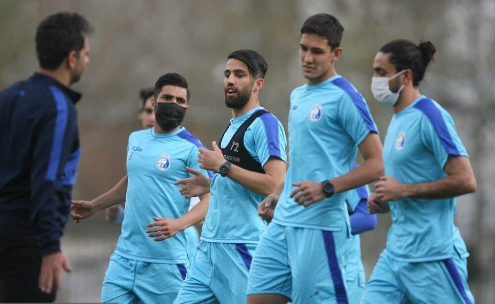استقلالیها با ماسک تمرین کردند/عکس