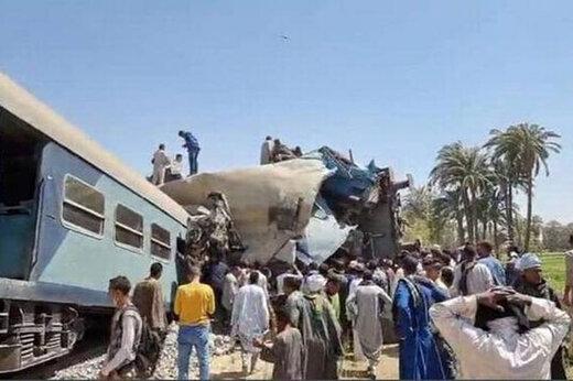 ببینید | برخورد مرگبار دو قطار مسافربری در مصر