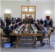 ظریف: رفع تحریمها اجرای برجام را فراهم میآورد/ روابط ایران و چین مستحکمتر خواهد شد