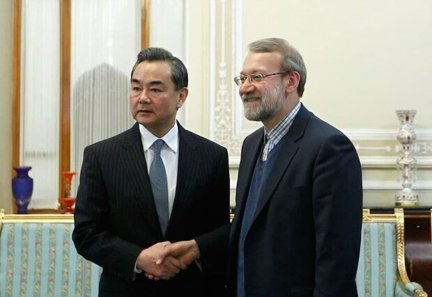 ادعایی درباره استعفای علی لاریجانی/ چه کسی مجری توافق 25 ساله ایران و چین شد؟