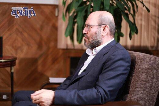 حسین دهقان: احمدی نژاد می گفت قطعنامه کاغذپاره است ، اما نبود/ بستن راه تعامل با غرب یعنی فاجعه