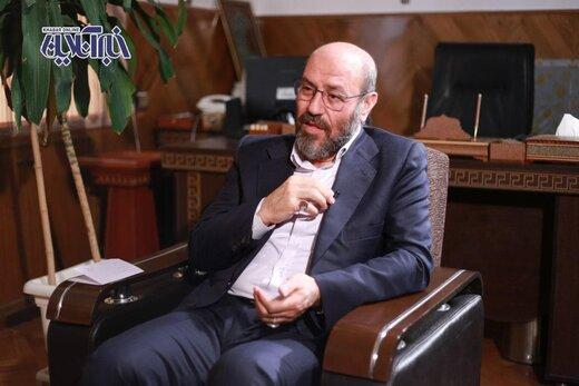 سردار دهقان: دنبال گدایی کردن برای تبلیغات نیستم /نه احمدی نژادم نه خاتمی /به موقع به اسرائیل ضربه می زنیم