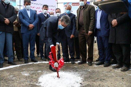 کلنگزنی گازرسانی به ۳۸روستا و ساماندهی محور خوی - ایواوغلی  با حضور استاندار آذربایجانغربی
