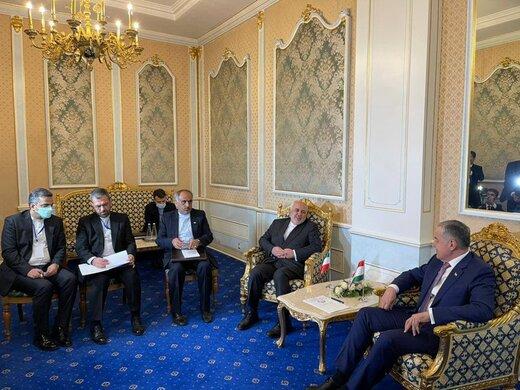 ظریف با وزیرخارجه تاجیکستان دیدار کرد