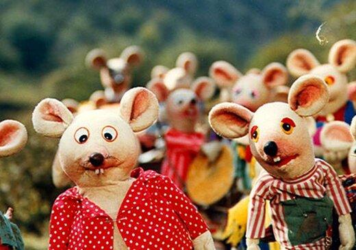 عکسی قدیمی از «شهر موشها» در اینستاگرام عروسکگردان کلاه قرمزی