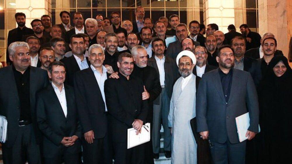 قلب تپنده احمدینژاد برای ریاست جمهوری ۱۴۰۰ / سونامی به راه افتاد