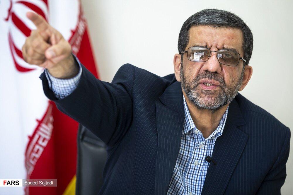 ضرغامی: من زیر میز میزنم /به حضرت عباس مردم می خواهند زندگی کنند/اصلاً من خودم خاکستری هستم/تیم خاتمی به حزباللهیها «پول خون» میداد
