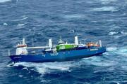 ببینید | لحظات دلهرهآور از عملیات نجات یک کشتی باری عظیم در دریای نروژ