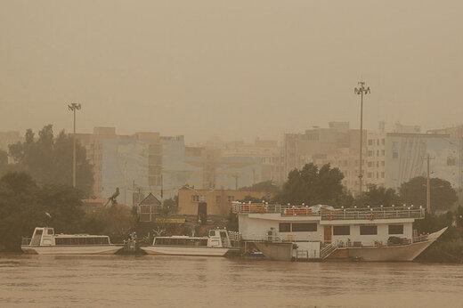 وزش باد شدید همراه با گرد و خاک در شرق کشور/ تداوم رگبار باران در برخی نقاط