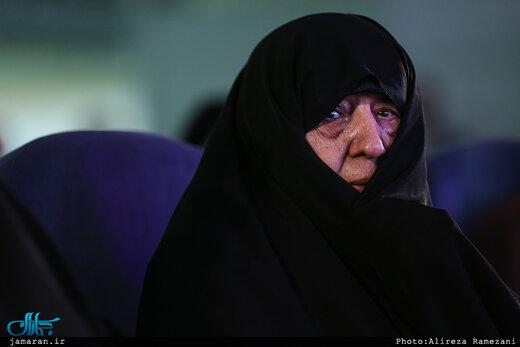 عفت مرعشی:قبل از انقلاب خواب دیدم شیخ اکبر، شاه شده/ این اواخر مزد هاشمی را کف دستش گذاشتند
