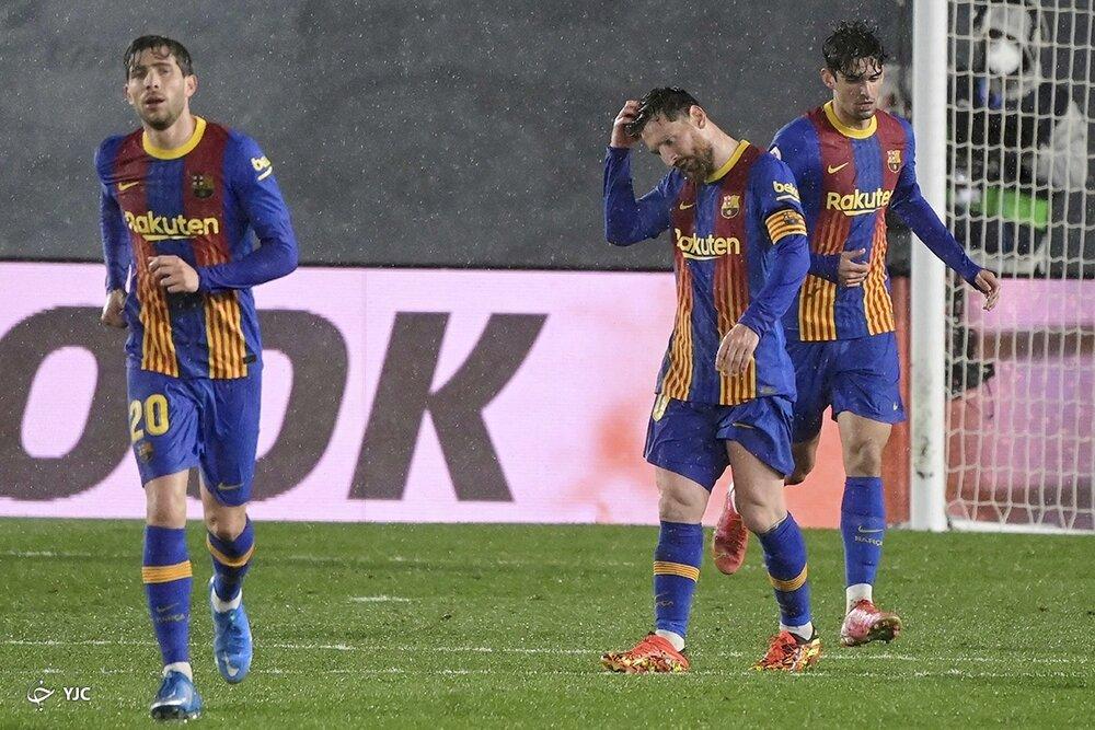 بارسلونا پیشفصل را مقتدرانه شروع کرد