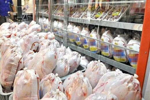 آرامش در بازار مرغ، تخم مرغ و شیر اصفهان در ماه رمضان