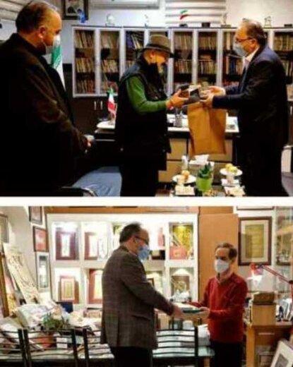 اهدای نمادین هنرکارت به دو هنرمند قزوینی