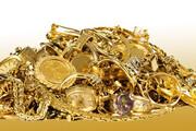 ببینید | جنون آنی مرد هندی بعد از کشف ظرفی پر از طلا