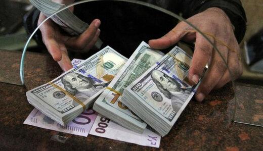 ماندگاری دلار در هسته سخت مقاومتی/ آخرین قیمت دلار پیش از ٢۶ فروردین