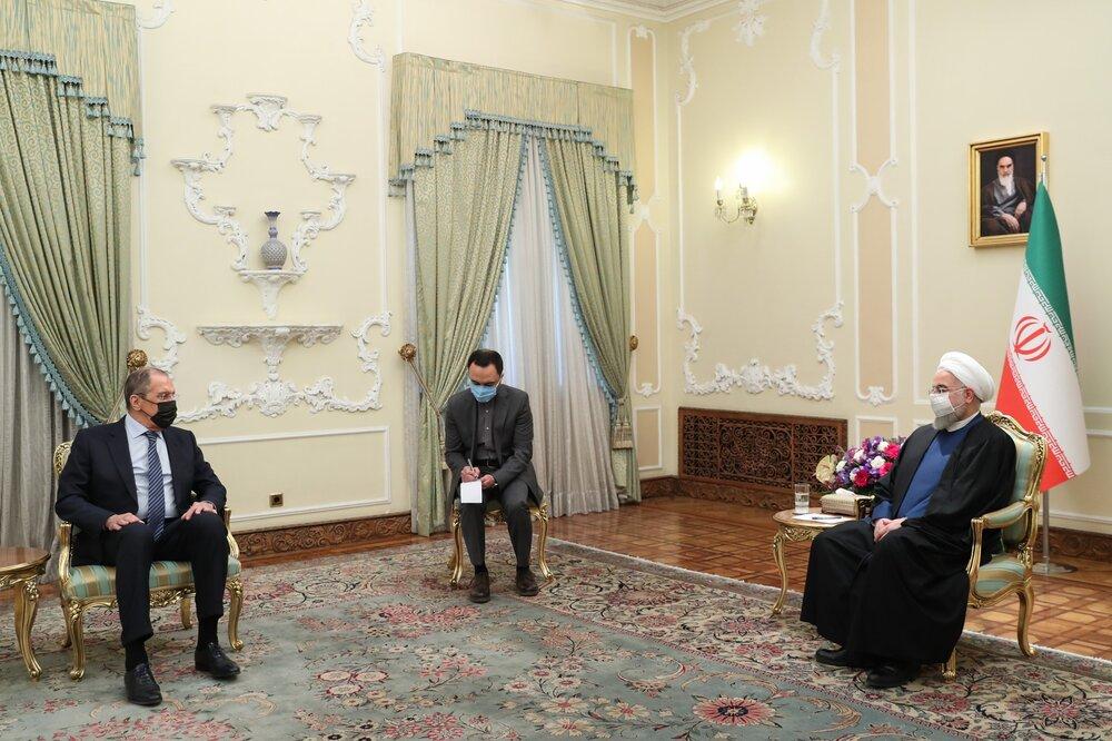 روحانی به لاوروف: نه کمتر از توافق سال ۲۰۱۵ را می پذیریم نه بیشتر از آن را می خواهیم