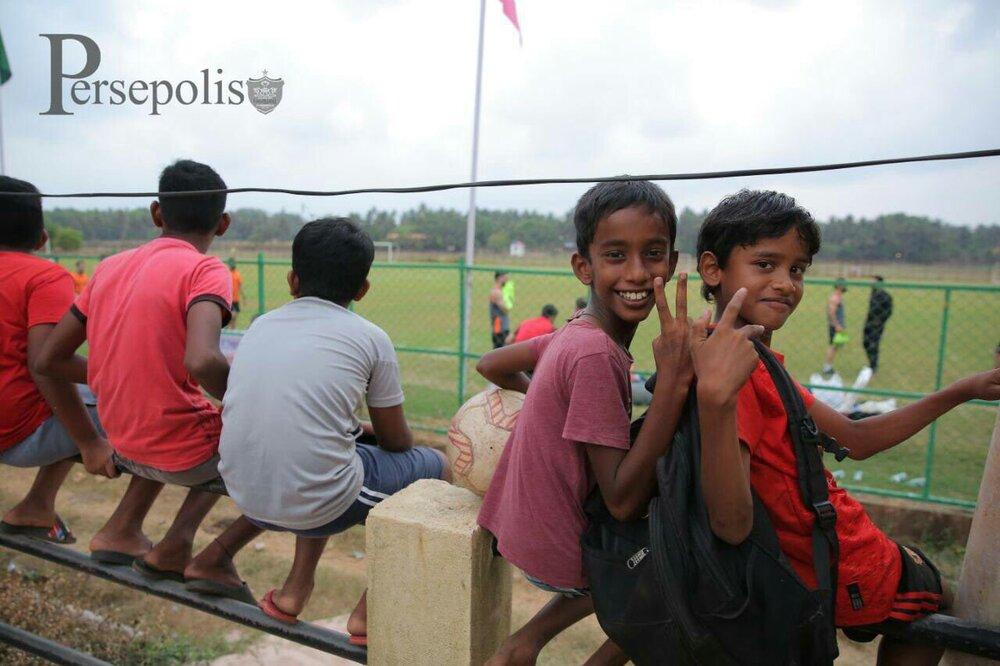 تماشاگران هندی در تمرین پرسپولیس!/عکس