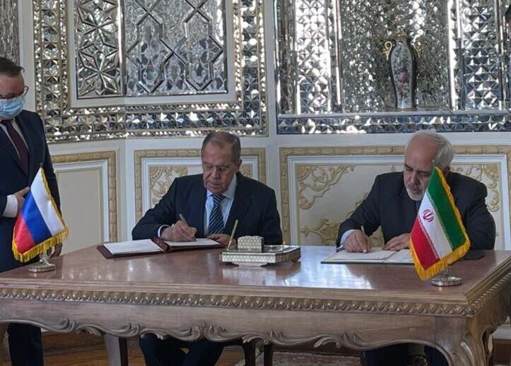 إيران وروسيا توقعان على اتفاقية بشان نشاط المراكز الثقافية