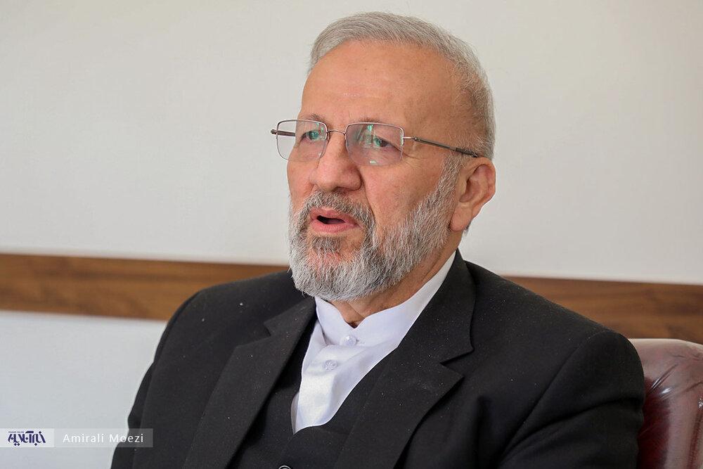واکنش وزیر احمدی نژاد درباره حضورش در کابینه رئیسی /الکم را آویزان کرده ام /هیچ سهمی از رئیسی نمی خواهیم
