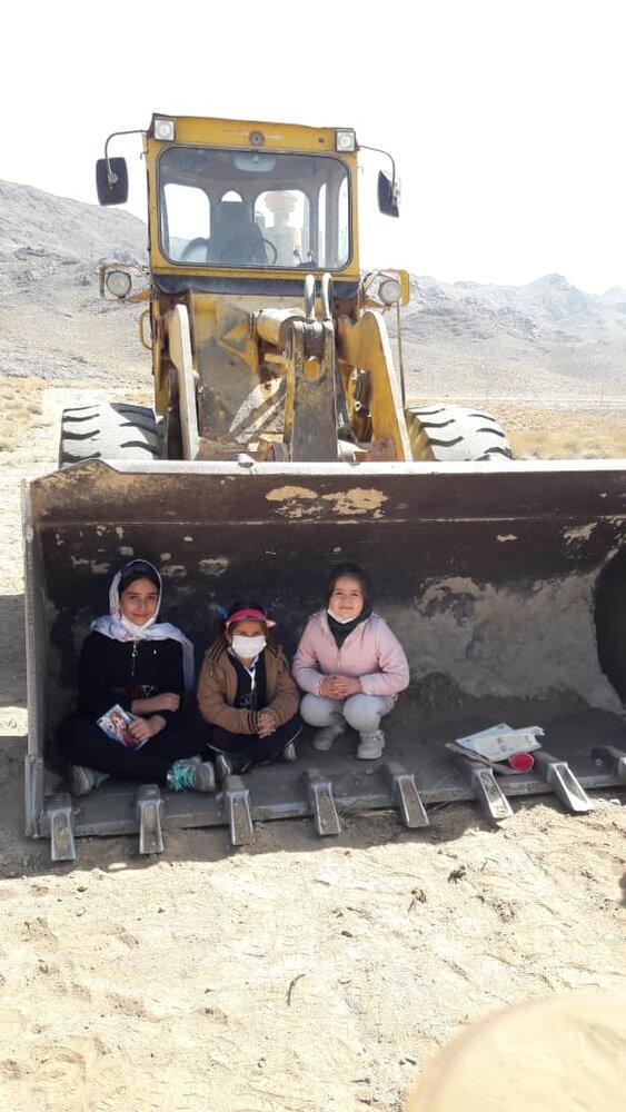 چراغ سبز برخی مسئولان به بازگشایی معدن نابودگر روستاهای نایین!