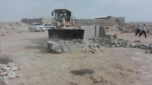 رفع تصرف ۴۰۰۰ مترمربع اراضی خالصه دولتی به ارزش ۴ میلیارد ریال در روستای کردوا قشم