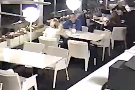 ببینید | لحظه دستگیری دیپلمات اوکراینی در سنپترزبورگ به اتهام جاسوسی