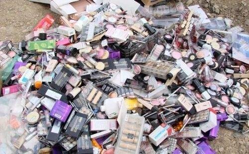 محکومیت ۶۴۰میلیون ریالی قاچاقچی اقلام آرایشی در قزوین