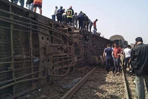 ببینید | ۸ کشته و بیش از ۱۰۰ زخمی در واژگونی قطار در مصر