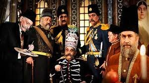از جمشید مشایخی تا بهرام رادان، بازیگرانی در لباس پادشاه