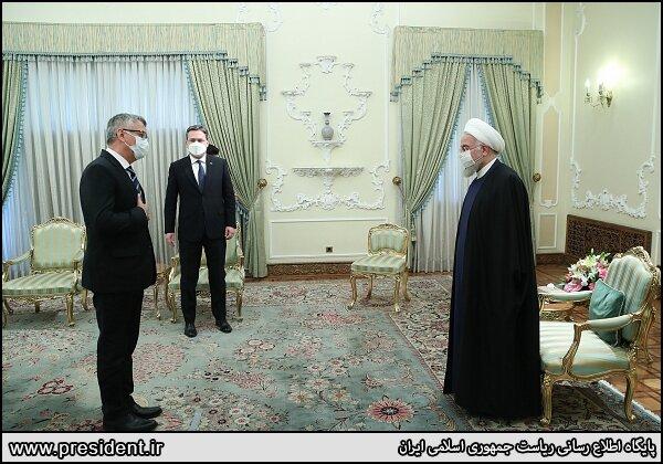 رایزنی روحانی و وزیرخارجه صربستان درباره تحریم های آمریکا، برجام و کرونا