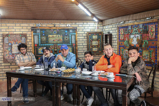 ببینید | ماجرای مسافرکشی جواد خواجوی پس از بازی در تئاتر