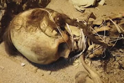 ببینید | مومیایی اسکلت یک زن ۱۳۰۰ ساله در یزد