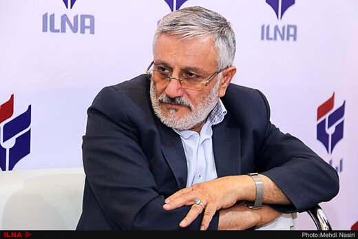 بازی ابراهیم رئیسی در انتخابات ۱۴۰۰/ضرغامی می گوید مگر من کمتر از قالیبافم/ شاید ظریف کاندیدا شود