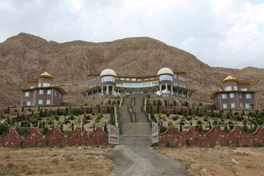 تأسیسات گردشگری شهرستان مهدیشهر تعطیل است