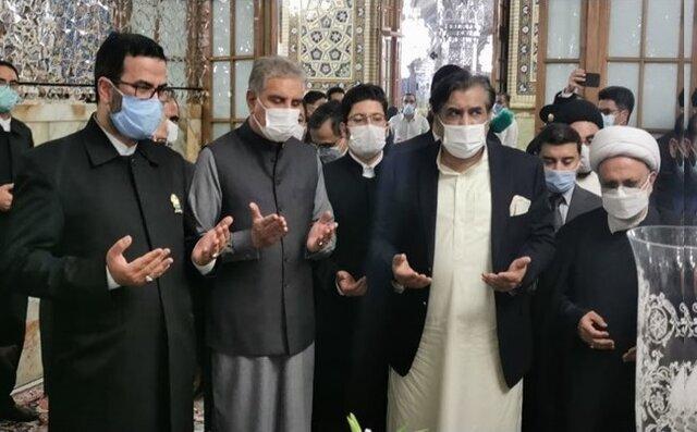 حضور وزیرخارجه پاکستان در حرم مطهر امام رضا (ع)