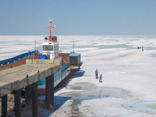 همکاری دانشمندان آمریکایی برای احیای دریاچه ارومیه