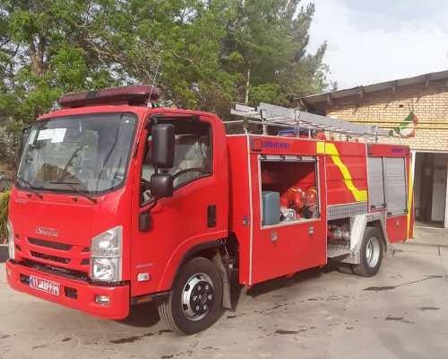 خرید سه دستگاه خودروی آتشنشانی در شهرکهای صنعتی قزوین