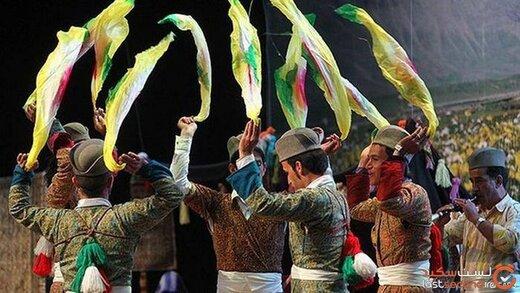 نقش دستمال در رقصهای محلی ایرانیان
