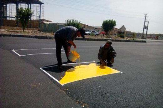 ببینید | اقدام تحسینبرانگیز یک شهروند خوزستانی برای سرعتگیرهای غیراستاندارد
