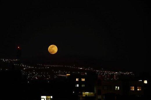 پدیده ابرماه در تهران