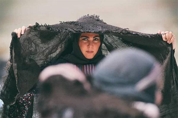 عکس   لاله اسکندری در لباس عشایر