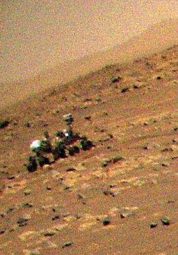 تصاویر رنگی هلی کوپتر «نبوغ» از مریخ نورد «استقامت» در سومین پروازش