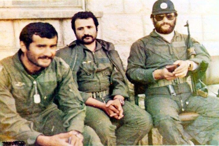 تنها چهره نظامی که رهبر انقلاب در نماز جماعت به او اقتدا کردند +عکس
