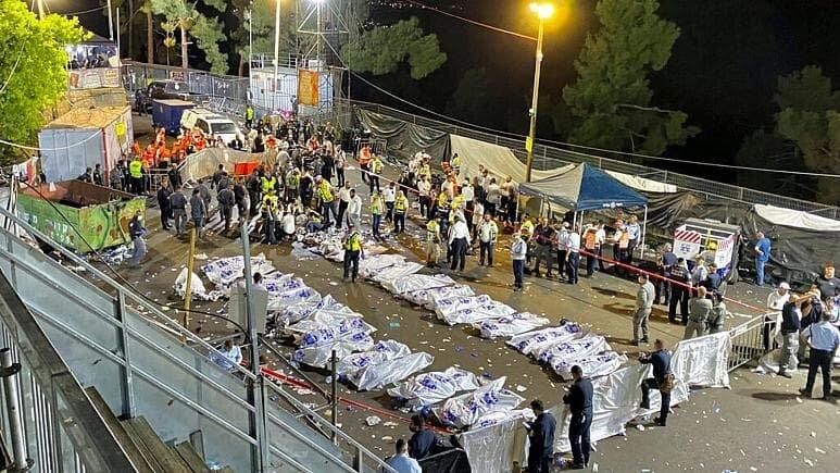 دهها نفر از شرکتکنندگان در مراسمی مذهبی در اسرائیل زیر دست و پا کشته شدند/عکس